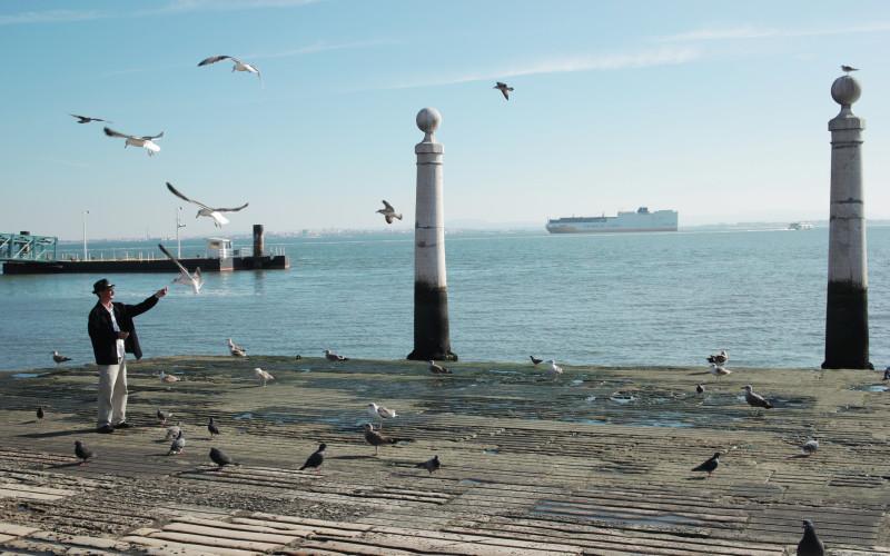 Rundreise durch Portugal – Lisasbon Hafen